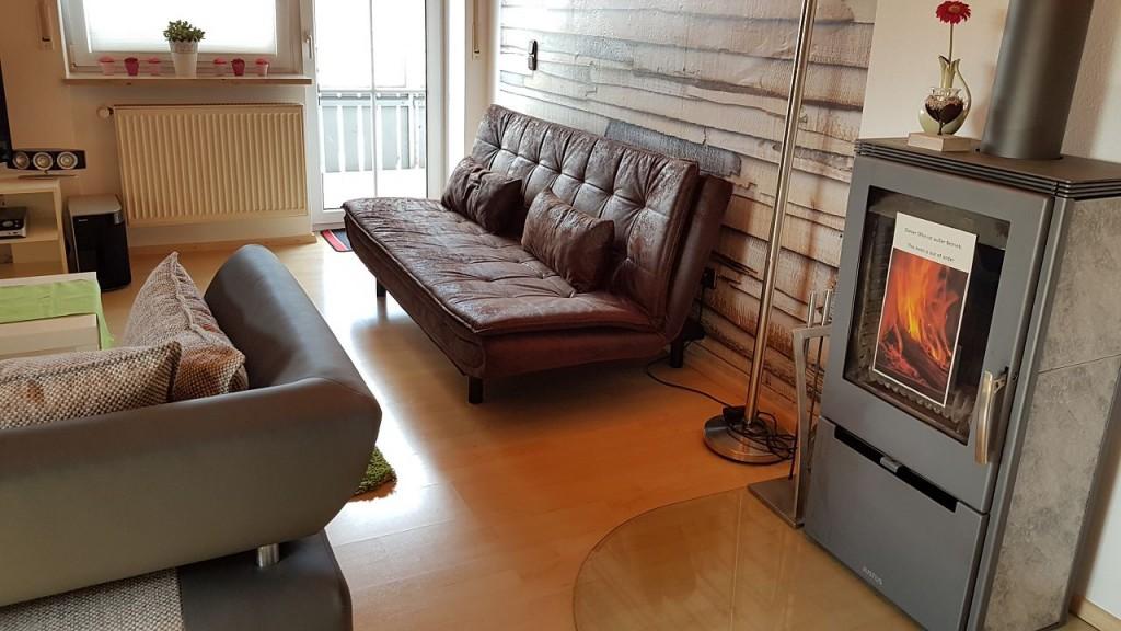 wohnobjekt lw10 gro z gige wohnung f r 1 3 personen s dlich von regensburg bed and breakfast. Black Bedroom Furniture Sets. Home Design Ideas
